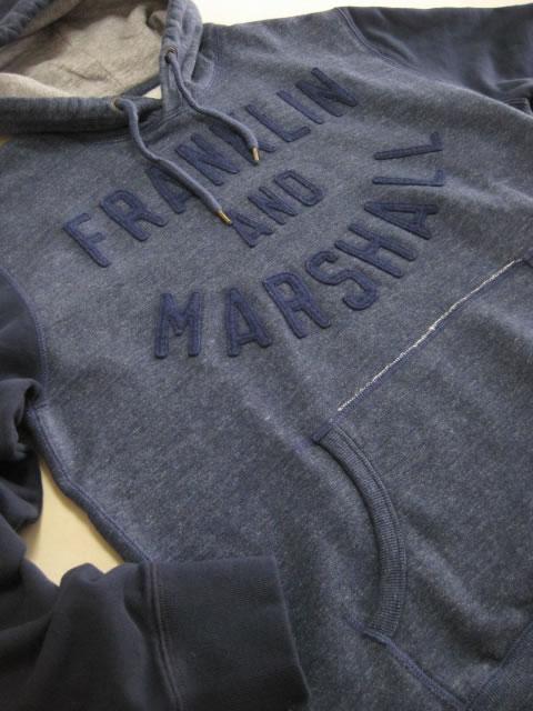 (大きいサイズ メンズ 通販 デビルーズ)FRANKLIN&MARSHALL(フランクリンアンドマーシャル)「LOGO APP」HOODY