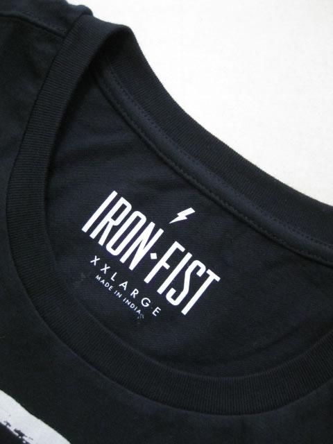 (大きいサイズ メンズ 通販 デビルーズ)IRON FIST(アイアンフィスト)「MISFITS CROSSED HANDS」TEE