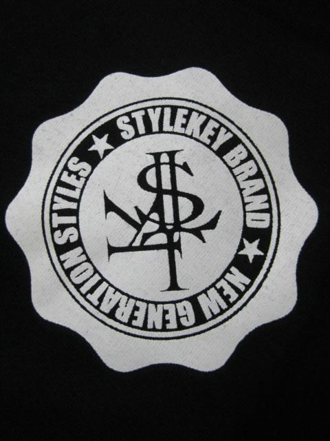 (大きいサイズ メンズ 通販 デビルーズ)STYLEKEY(スタイルキー)「CONCEAL」TEE